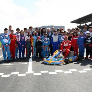 El Complejo Deportivo Fernando Alonso mejor circuito de karting del mundo.