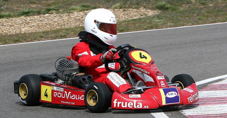 tamara-gonzalez-piloto-cadete-formula-karting-1